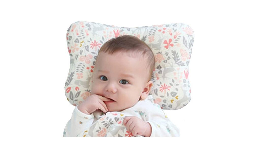 when can a baby have a pillow